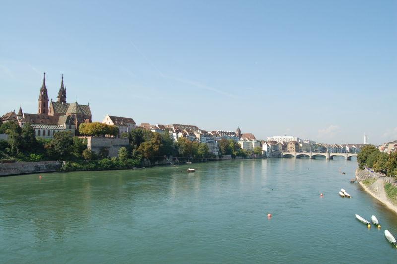Rhein_Basel.JPG